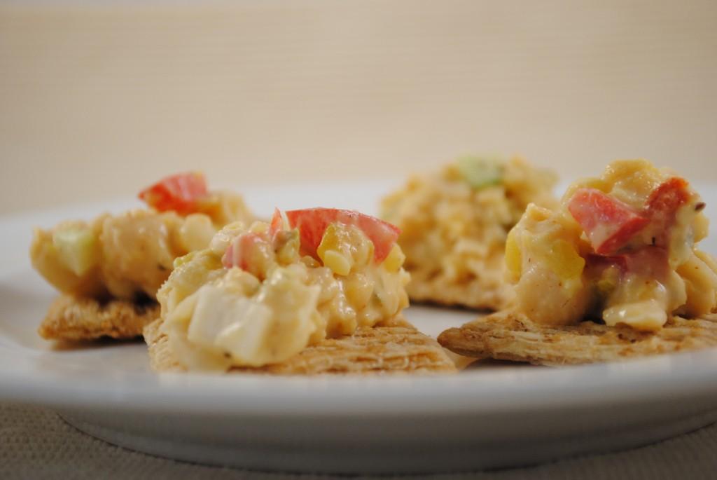 Tuno Salad and crackers2