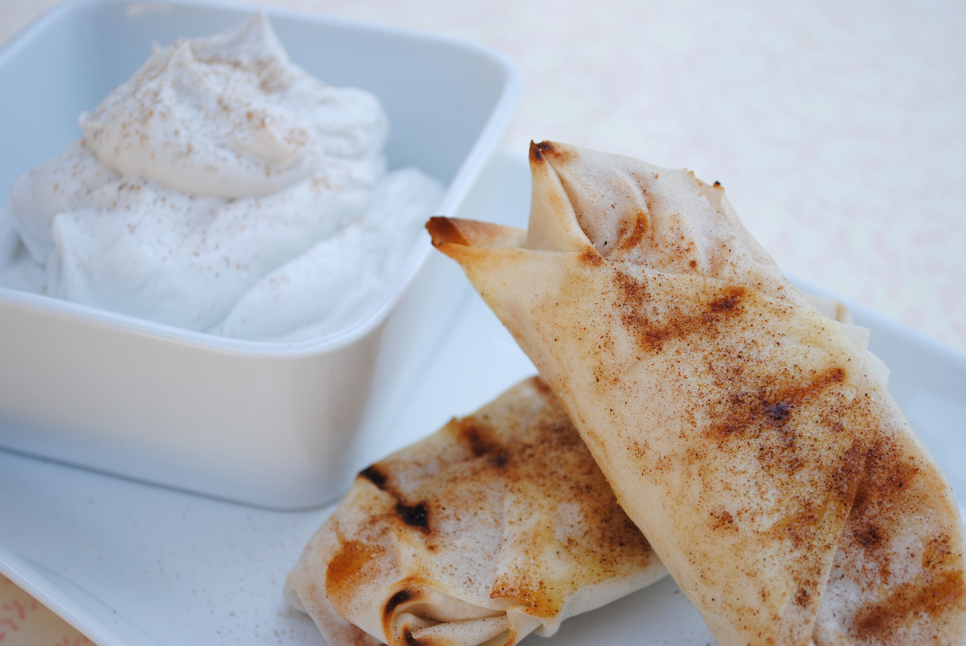 Vegan Grilled Apple Pie with Vanilla-Coconut Whipped Cream