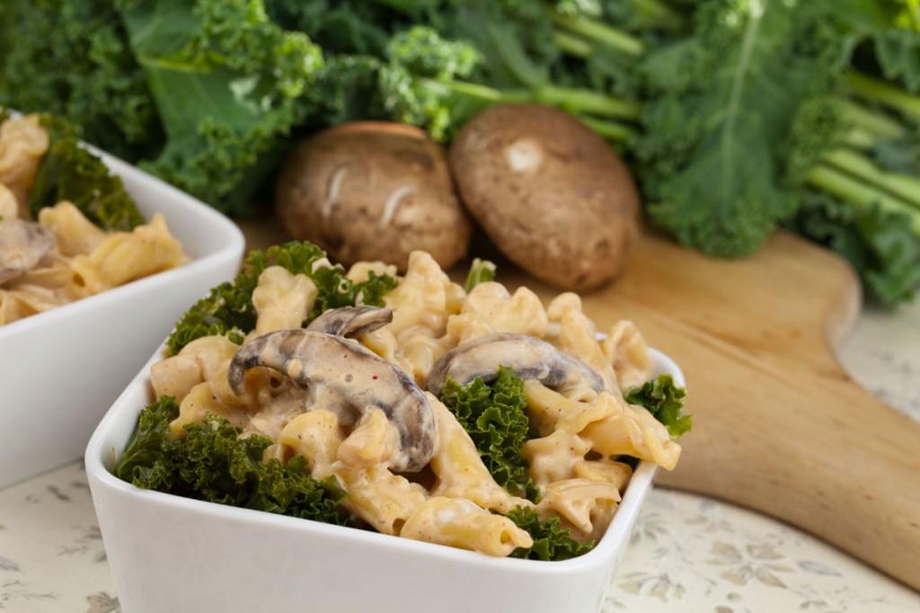 Vegan Creamy Portobello Mushroom and Kale Pasta