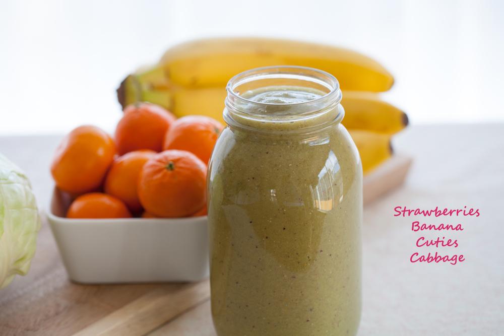 Strawbana Cabbage Smoothies | www.thatwasvegan.com