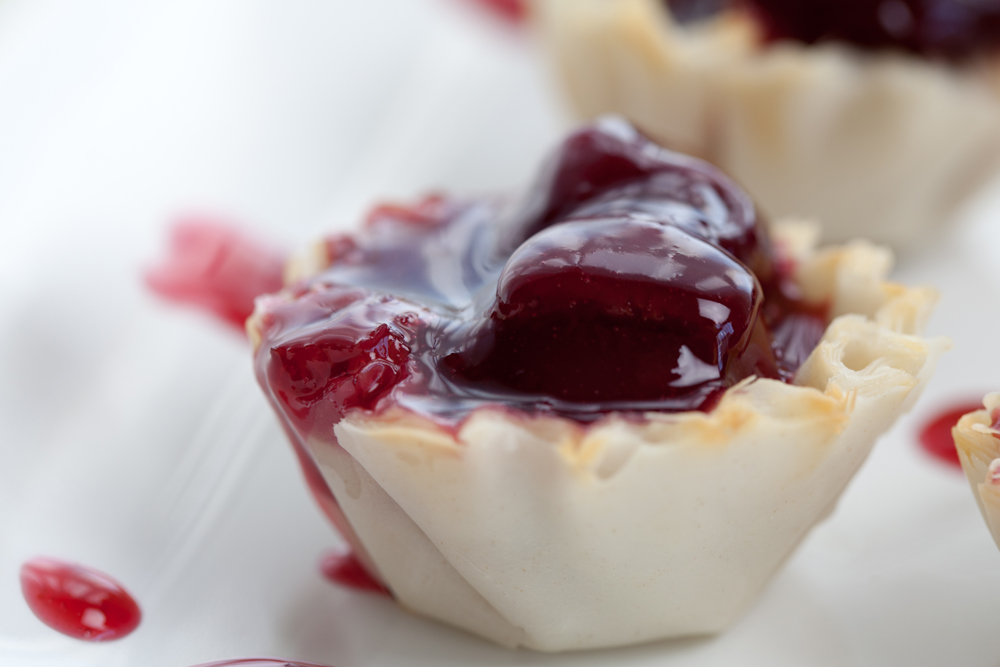 Cheater Cherry Pie Bites | www.thatwasvegan.com