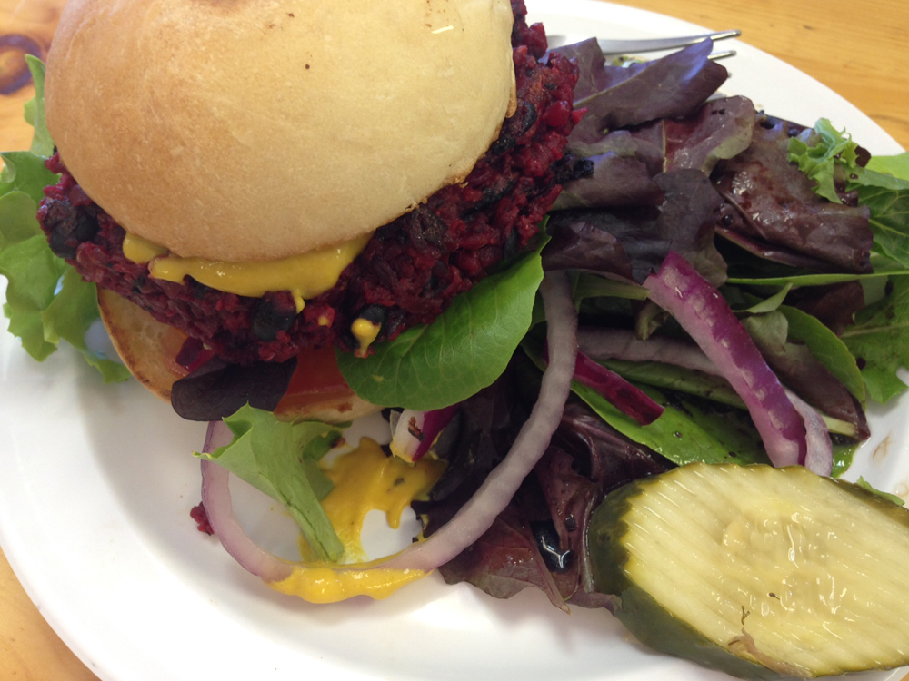 Mile High Vegan Eats: Gunnison Vitamin & Health| www.thatwasvegan.com