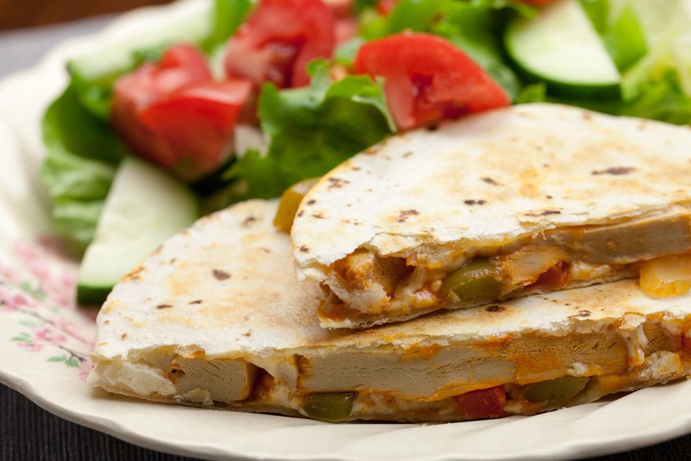 Vegan Buffalo Fajita Quesadillas | www.thatwasvegan.com