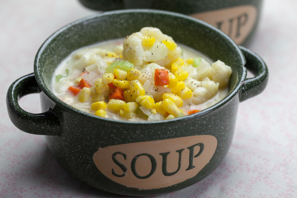 Cauliflower Corn Chowder | www.thatwasvegan.com