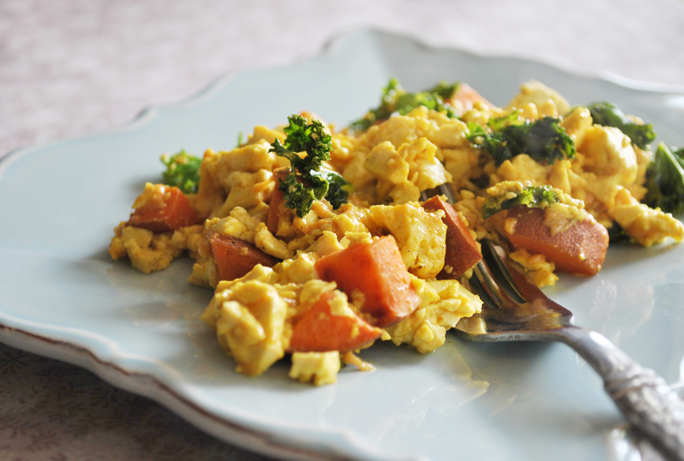 Maple Sweet Tofu Scramble | www.thatwasvegan.com