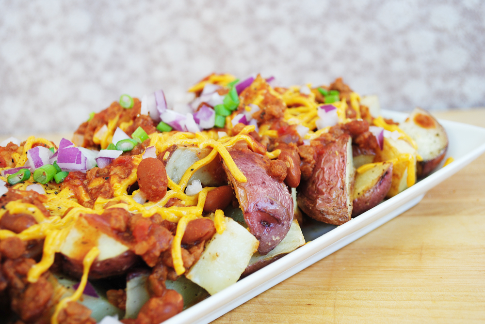 Chili Cheese Red Potatoes | www.thatwasvegan.com