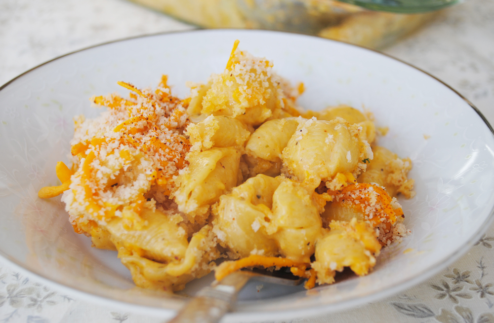 The Best Baked Mac n' Cheese. Easy & Vegan!