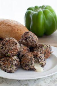 Vegan Cheese-Stuffed Meatballs: A yummy vegan alternative! www.thatwasvegan.com
