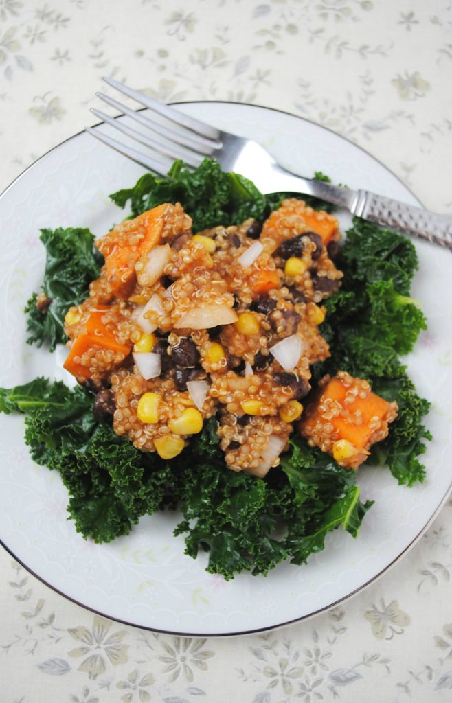 Enchilada Quinoa | Spicy and Healthy | www.thatwasvegan.com
